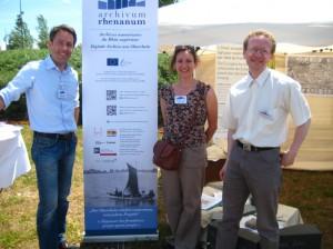 Das Team von Archivum Rhenanum beim Deutsch-Französischen Freundschaftsfest am 15.06.2013.